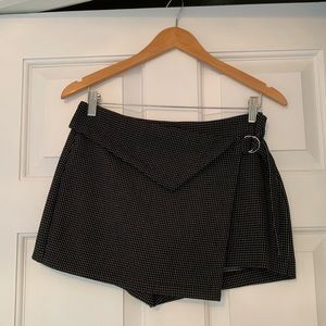 NWT Zara Black and White Printed Skort